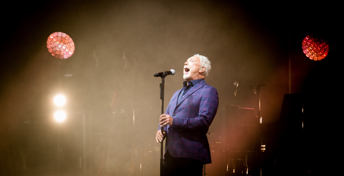 "Tom Jones - der ""Tiger"" am Domplatz in Linz!"